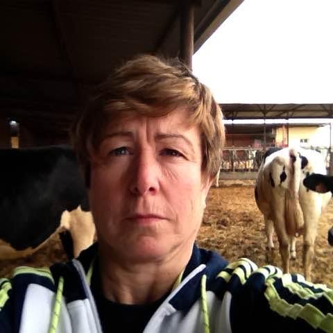 """Adoración (lácteo UCCL): """"Lactalis sólo quiere la marca y cuando ya la tiene cierra fábricas: Lauki, Puleva, Chufi…"""""""